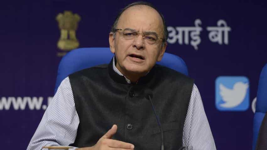 FM Jaitley injured while boarding helicopter