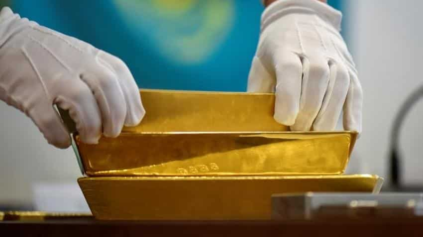 Gold steady ahead of Fed meeting, expected U.S. rate rise