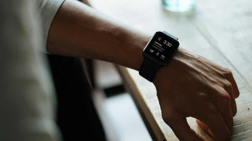 Smartwatch market to reach $10 billion in 2017: Report