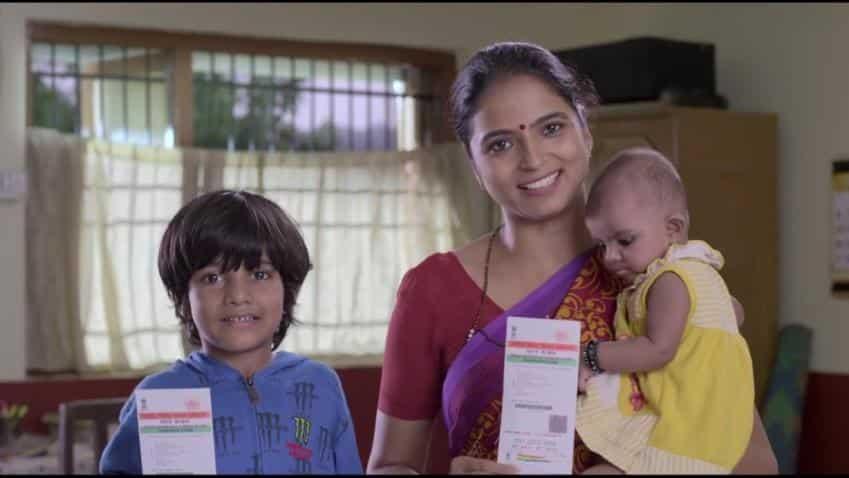 Aadhaar not mandatory for extending welfare schemes benefit: SC