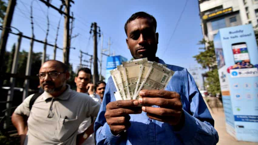 Govt asks PSBs to finalise next wage revision before November 1