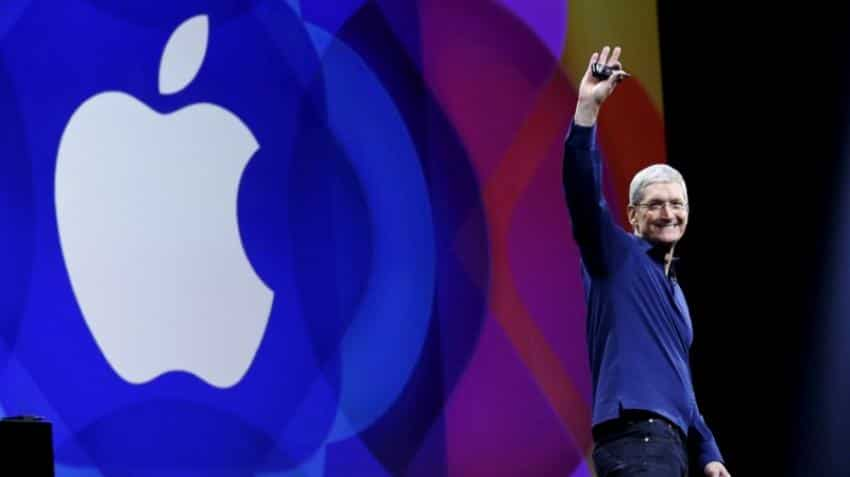 Apple tops $800 billion market cap for first time