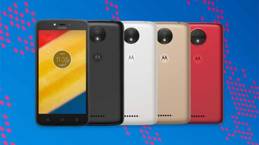 Motorola launches entry-level Android smartphones Moto C, Moto C Plus