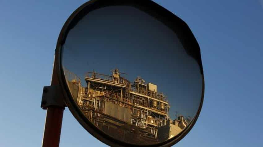 Strong start to summer driving season pushes U.S. oil towards $50