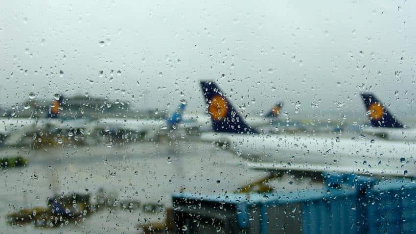 Indigo, SpiceJet, Vistara, GoAir and Jet Airways bring best deals for entire monsoon