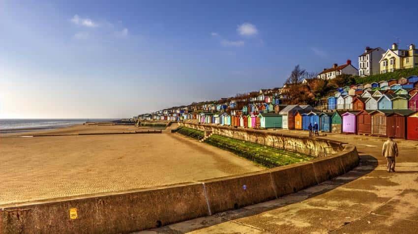 Maharashtra government to formulate beach shack policy