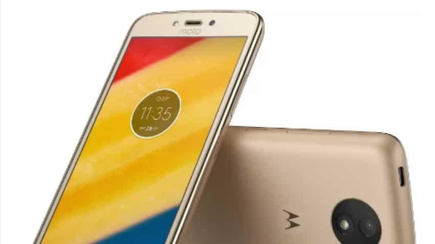 Moto C Plus to go on sale on Flipkart at 12 pm today; here's pricing, specs & more