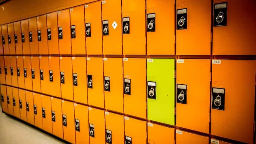 Theft of valuables kept in your lockers are not bank's responsibility