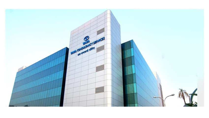 Tata Consultancy Services net profit drops by 6% to Rs 5,950 crore in Q1FY18