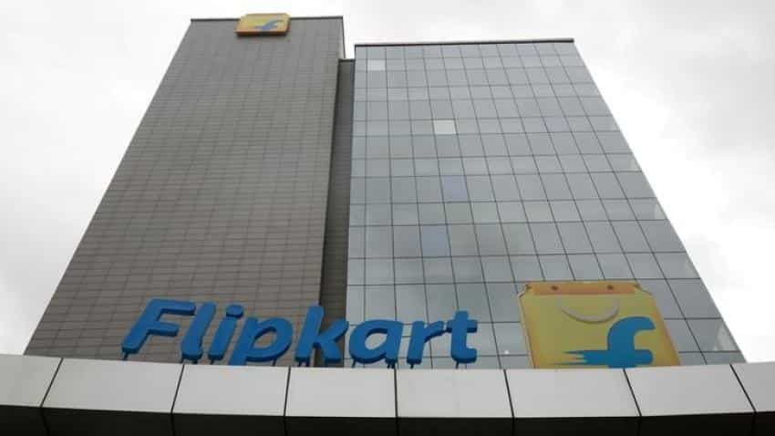 Flipkart lifts bid for rival Snapdeal to up to $950 million