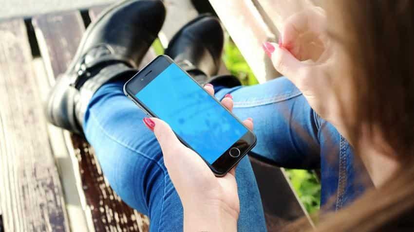 Despite GST leading to smartphone shipment fall, Xiaomi, Vivo, Oppo post best sales