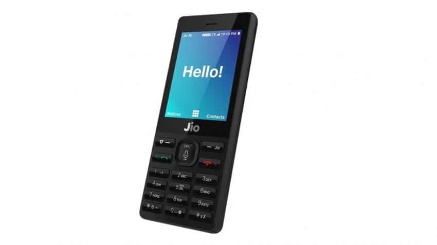 JioPhone: Feature phones will continue to rule the Indian market in 2017