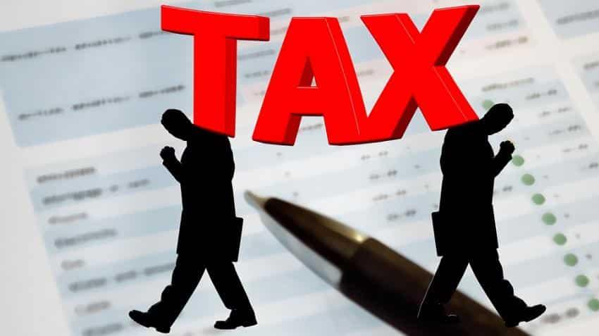 After facing technical glitch, govt extends GST return filing date