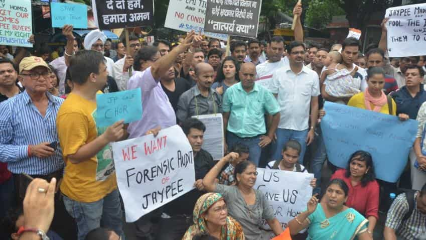Jaypee customers hold protest on delayed delivery of homes