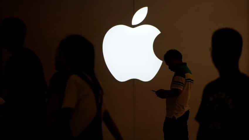 Apple's slide takes shine off global stock rally