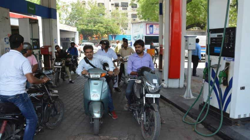 Why govt is wrong that car, bike buyers are rich enough to afford high petrol, diesel prices