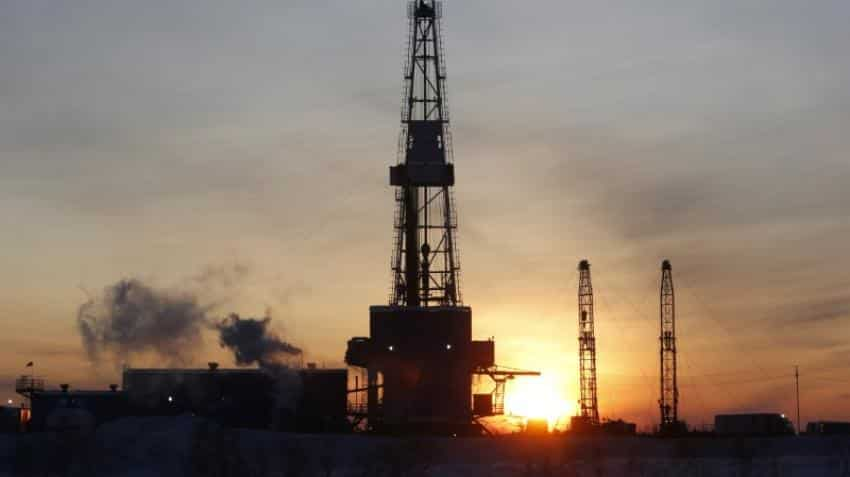 Oil prices dips on record US exports, but OPEC-led supply cuts lend support