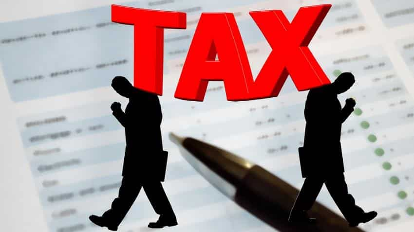 Now chat online with IT-department experts to clear your doubt in tax filing