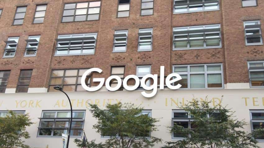 Google hits high growth in ad revenues, but investors remain wary of rising traffic acquisition costs