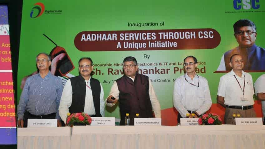Mobile phone-Aadhaar link: Supreme Court issues notice to Centre