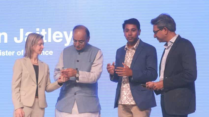 Google Tez may have got 7.5 million users in 5 weeks, but many are still unhappy