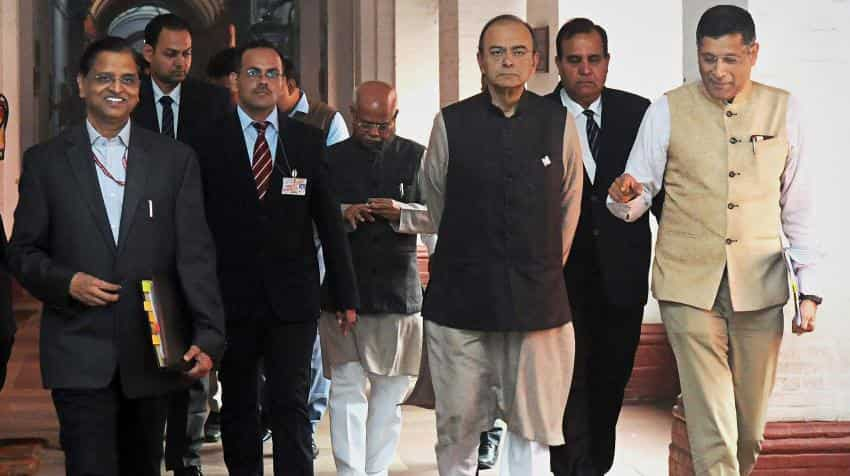 Agri experts ask FM Jaitley for farmers' income security in pre-budget meeting