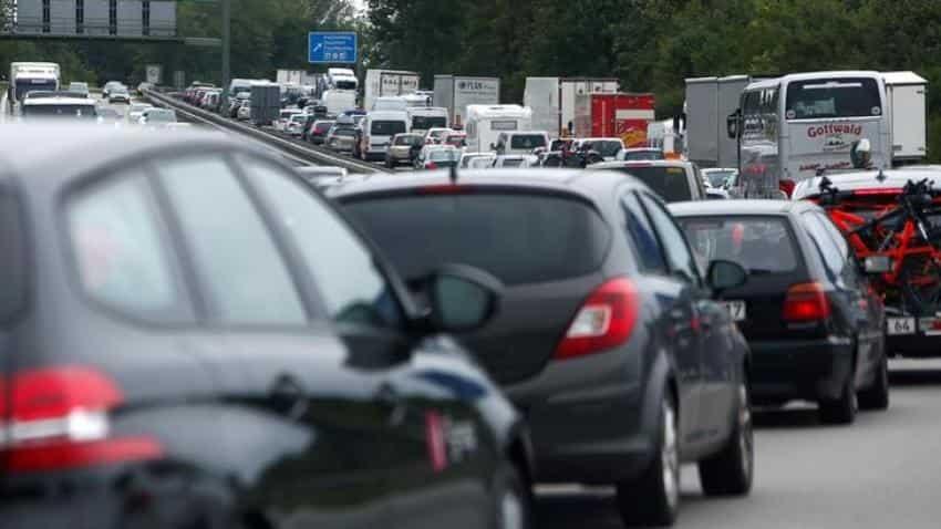 German car lobby sees ''historic'' 2017 sales, small 2018 drop