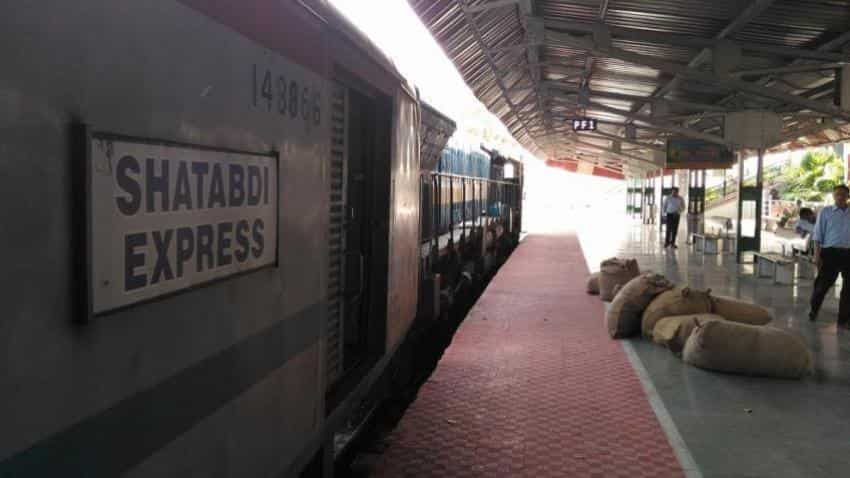 Mumbai-Ahmedabad Shatabdi Express to get luxury coach with aircraft features