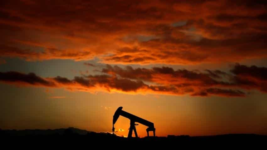 Oil rises on UK pipeline outage but US supply caps gains