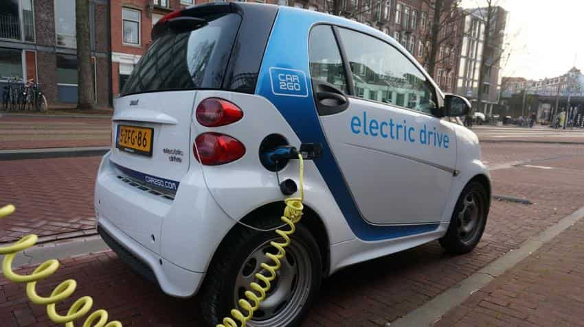 SIAM proposes all new vehicle sales in India to be electric vehicles by 2047