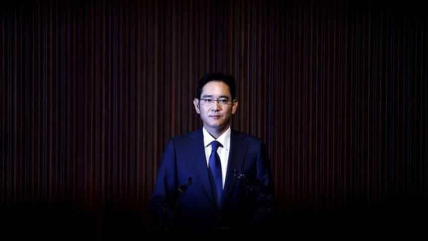 Samsung scion denies corruption charges as legal appeal nears end