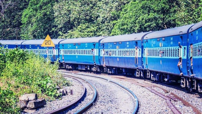 Railways to replace 8000 km track on trunk routes