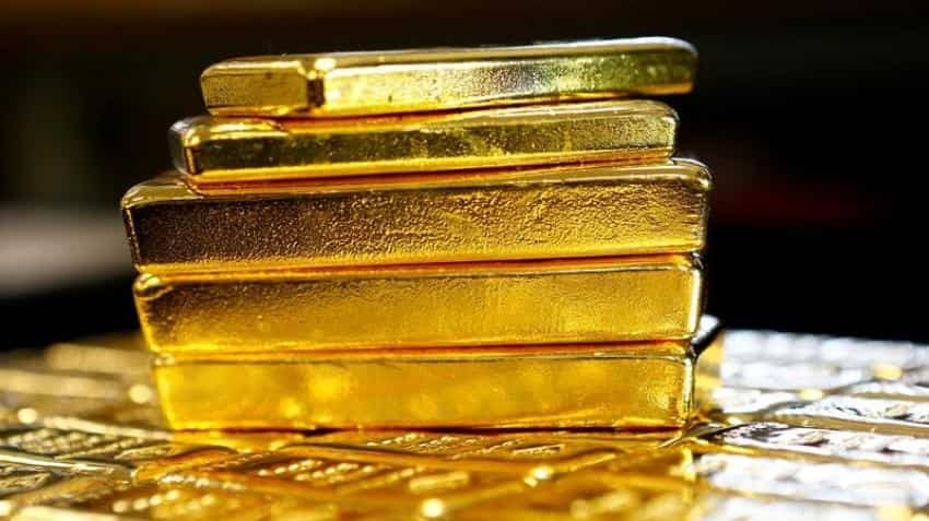 Gold prices steady, set for fourth straight weekly gain