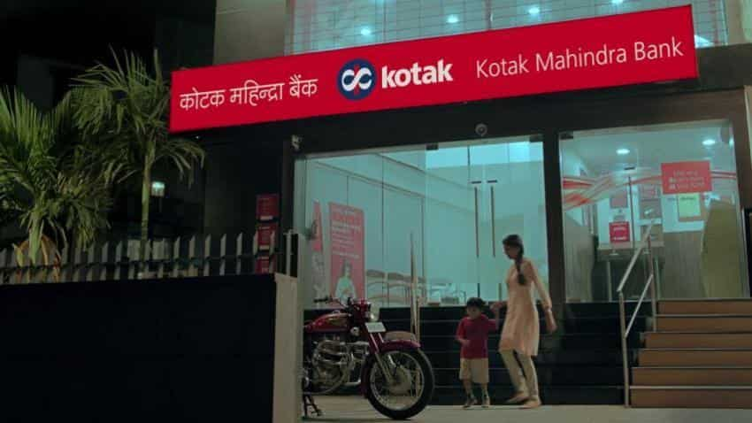 Kotak Mahindra Bank's standalone net profit at Rs 1,053 crore in Q3FY18; gross NPAs at 2.31%