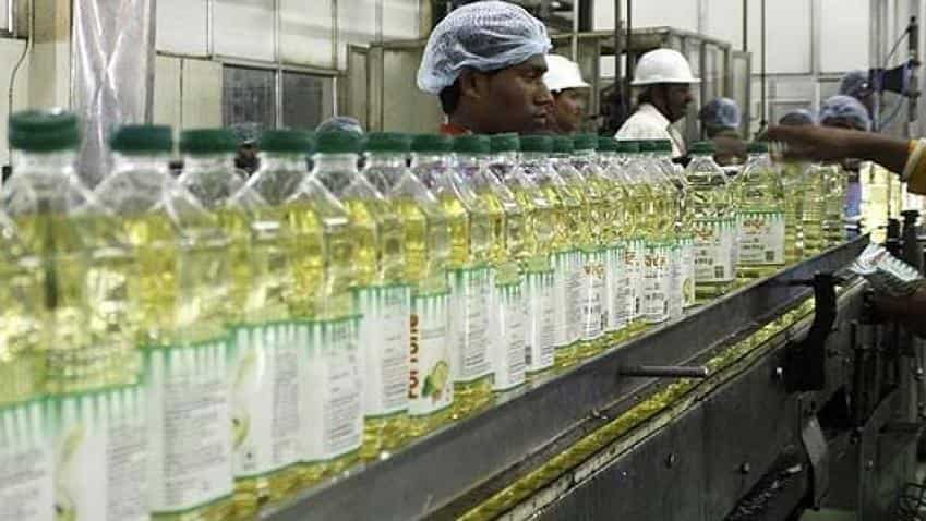 Select edible oils remain weak on muted demand