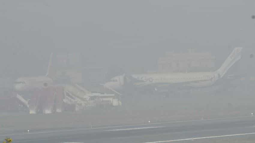 Smog pollution: Over 66% of flights cancelled in December due to bad weather