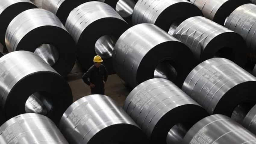 Steel prices remain muted in thin trade