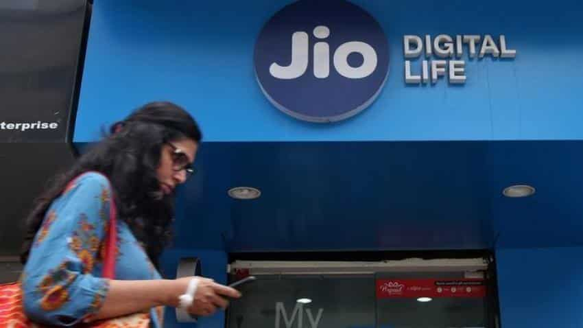 Reliance Jio wins 'Best Mobile Operator Service for Consumers' award