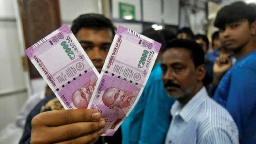 7th Pay Commission basic salary: Dearness allowance hiked to 7 pct; no hike in fitment factor announced
