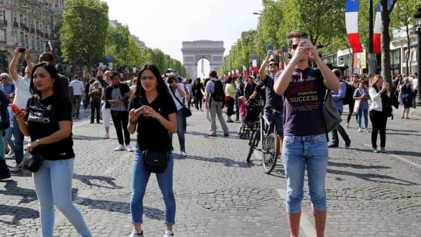 Global tourism: Travel and tourism sector predicted to slow after higher oil prices, airfares