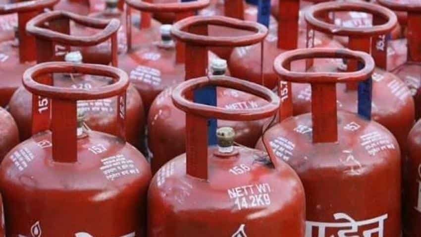 Free LPG scheme: Big relief to borrowers, loan repayment deferred