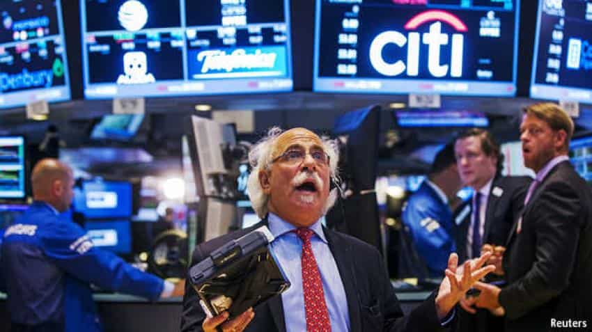 Wall Street tumbles sharply, Dow Jones slips below 200-DMA on tech sector, trade war worries