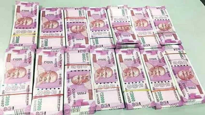 Indian rupee Vs dollar today: Trade war concerns limits Rupee's slide