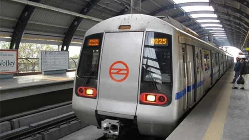 Delhi Metro Pink Line service disrupted by dust storm