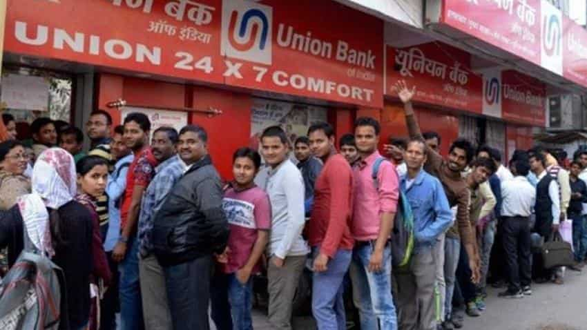 Now, Gujarat hit with shortage of cash; some banks cap withdrawals