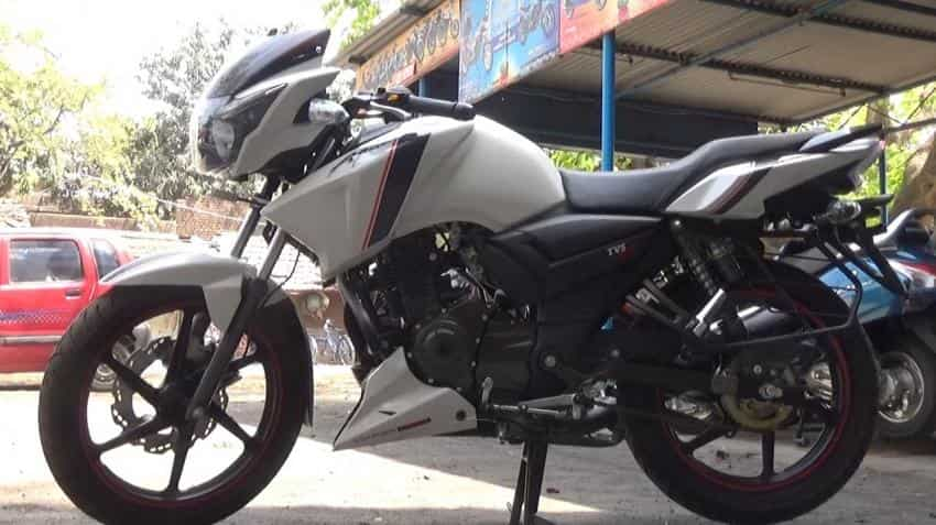 apache rtr 160 priced at rs 89 990 bike is back but in a new