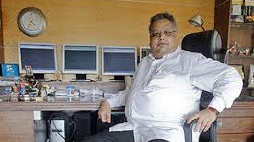 Rakesh Jhunjhunwala just can't let go off this crisis-ridden stock