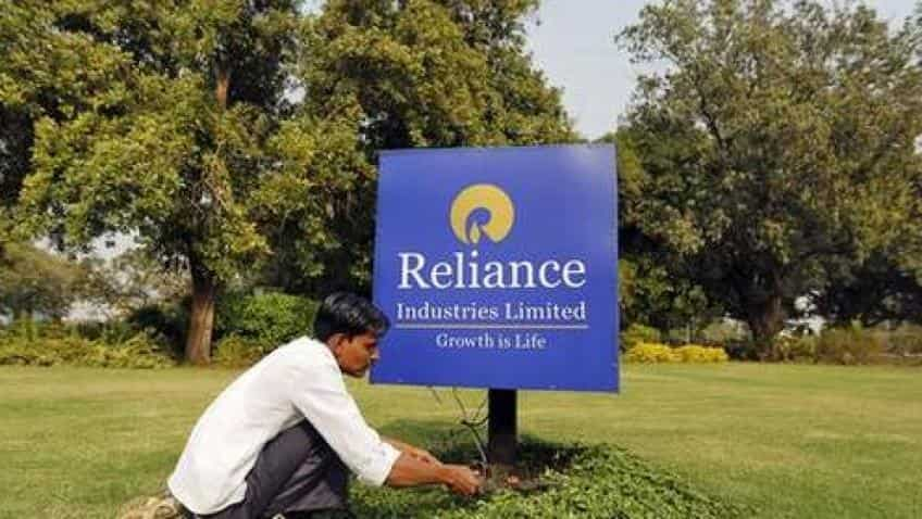 Reliance Industries share price at record high ahead of Q4 FY18 results; stock crosses Rs 1000 mark