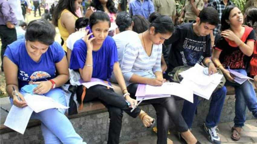 Karnataka PUC result 2018 LIVE: KSEEB PUC II PUE Results 2018  Class 12 to be declared any time now after 10 AM; check karresults.nic.in for 2nd PUC Result 2018