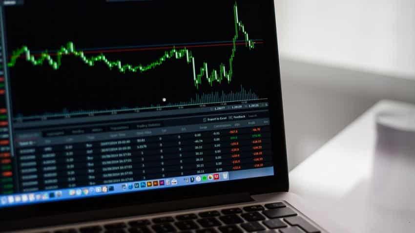 FAST MONEY: HDFC Bank, Avanti Feeds among key intraday trading ideas